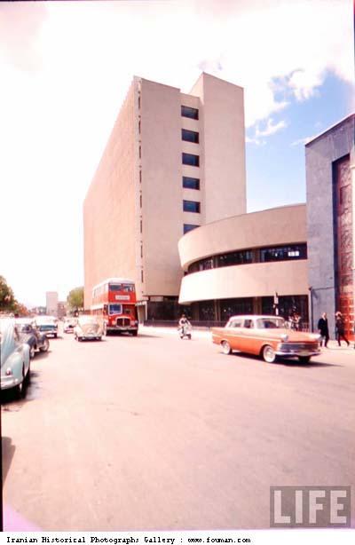 British_Talbot_Buses_Tehran_Streets.jpg