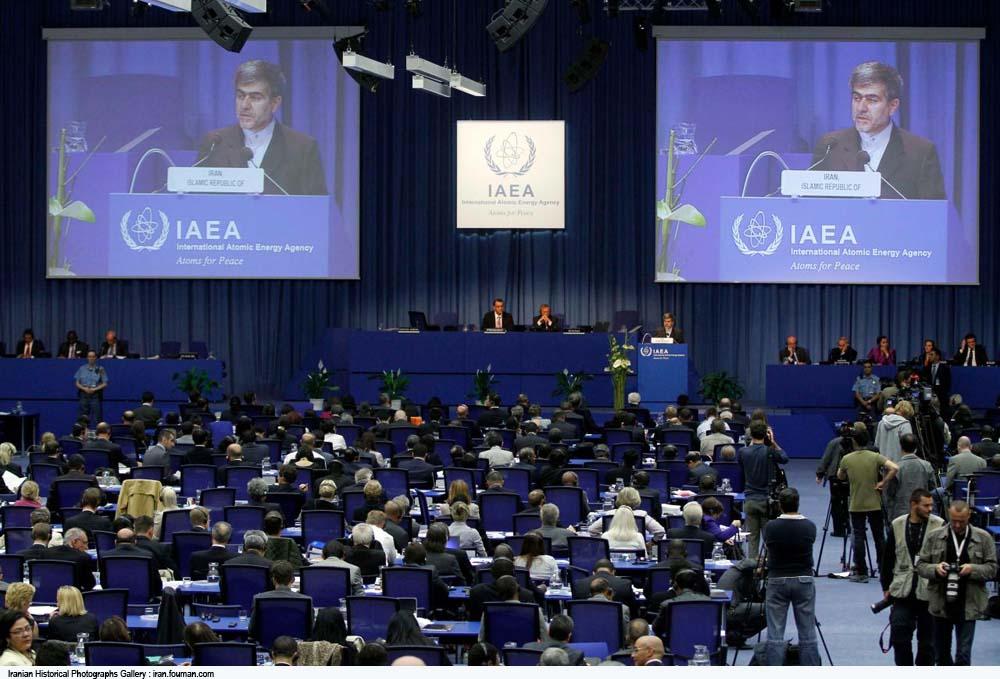 Geneva_IAEA_Fereydoun_Abbasi_2011.jpg